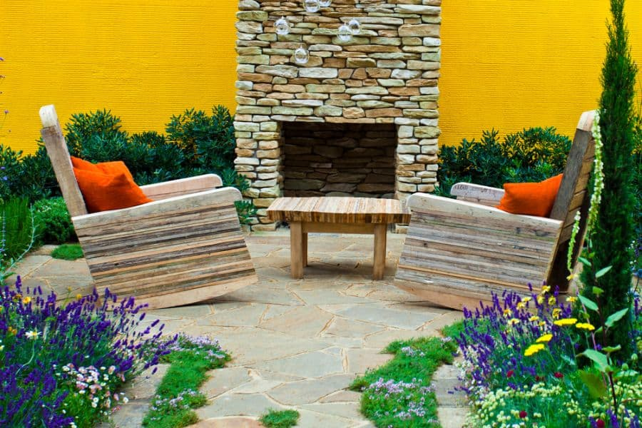 Contemporary Small Patio Ideas 47