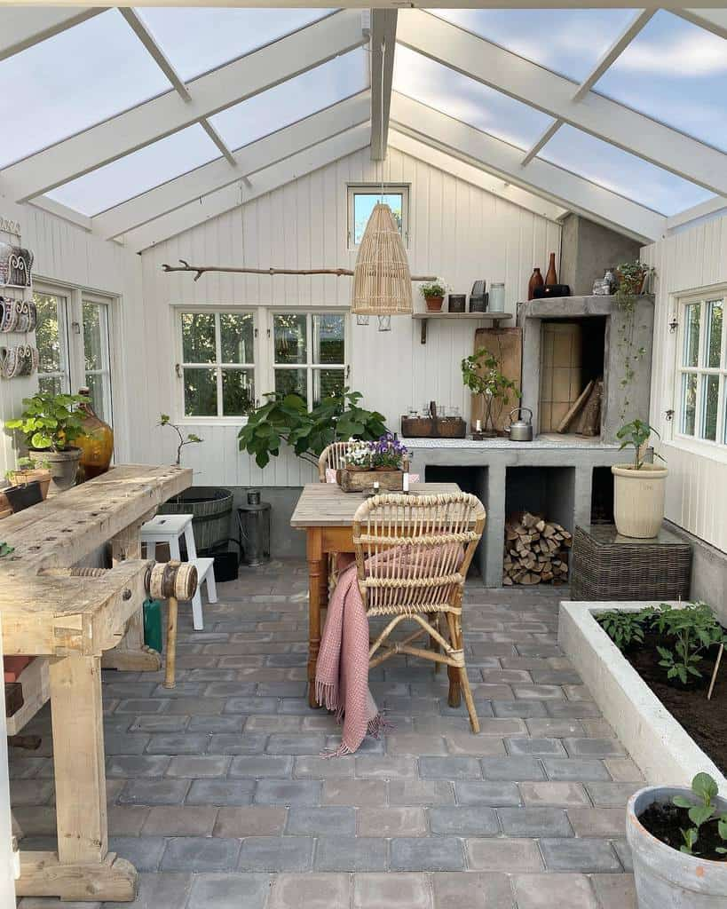 Converted Greenhouse She Shed Ideas Naturoghjem