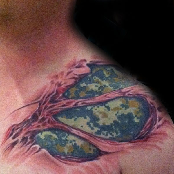 Cool 3d Digital Camouflage Mens Ripped Skin Shoulder Tattoo