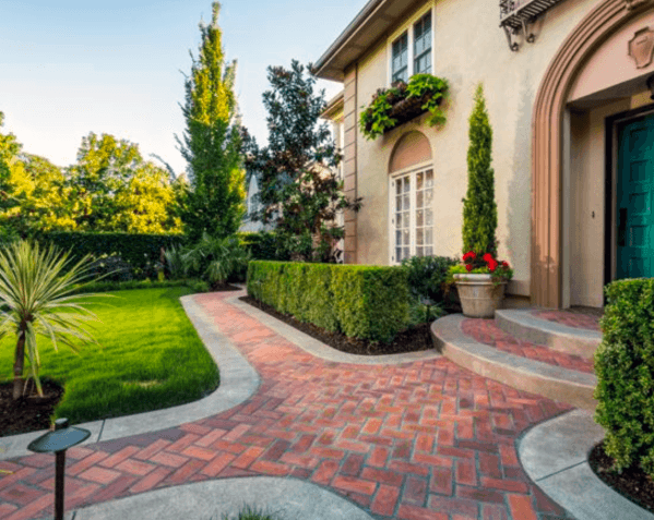 Cool Brick Front Yard Walkways