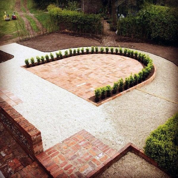 Cool Brick Patio Design Ideas With U Shaped Plants