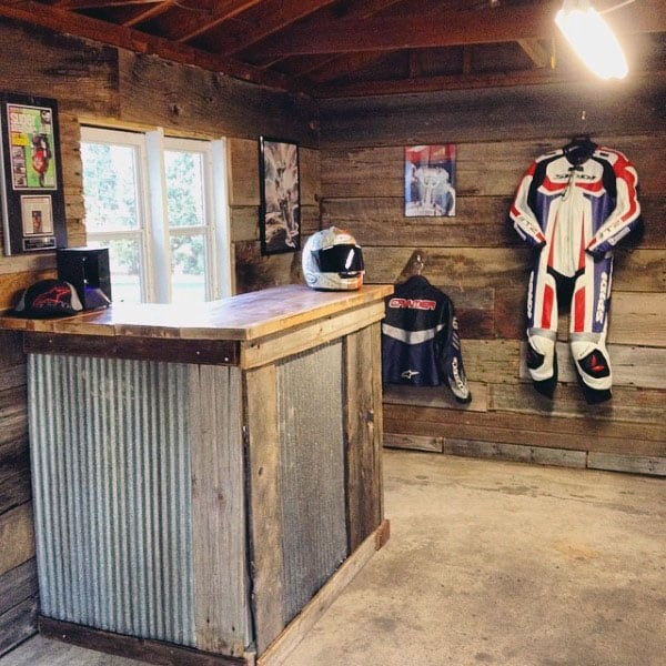 Cool Custom Garage Wood Wall And Bar Storage Ideas