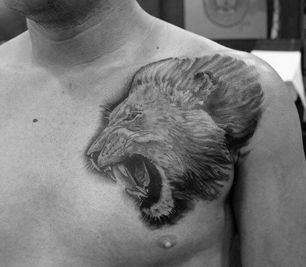 Cool Guys Heavily Shaded Shoulder Lion Tattoo
