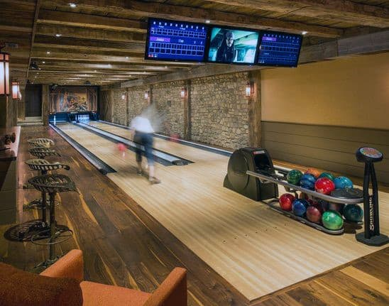 Cool Indoor Basement Bowling Room Design Inspiration