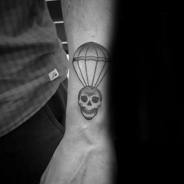 Cool Male Old School Traditional Small Skull Parachute Forearm Tattoo Designs