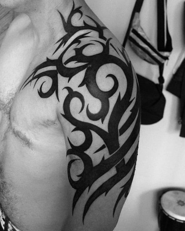 80 Tribal Shoulder Tattoos For Men