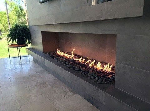 Cool Masculine Black Stone Fireplace Outdoors