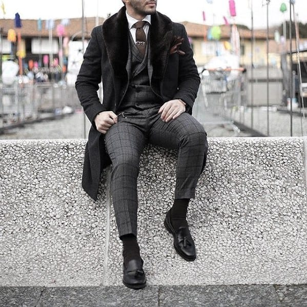 Cool Mens Charcoal Grey Suit Black Shoes Style Ideas For Fall And Winter Season