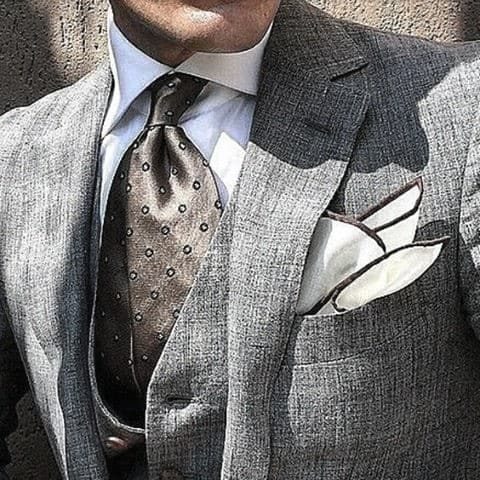 Cool Outfit Ideas For Men With Grey Suit With Brown Tie