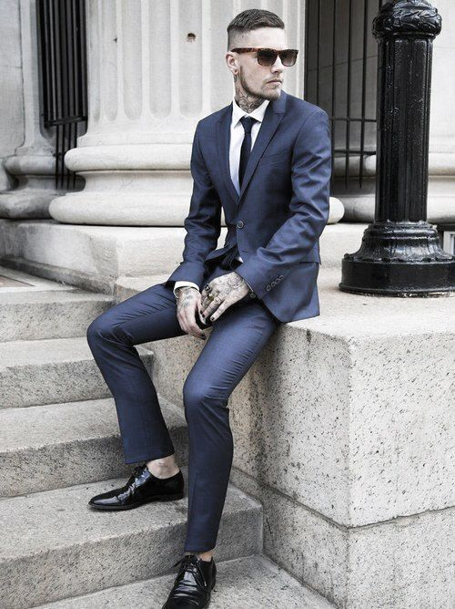 Cool Outfit Ideas For Men With Navy Blue Suit Black Shoes And Tie