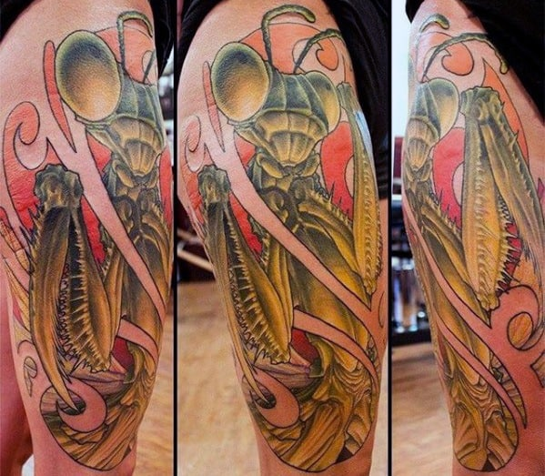 Cool Praying Mantis Tattoo Design Ideas For Male On Leg