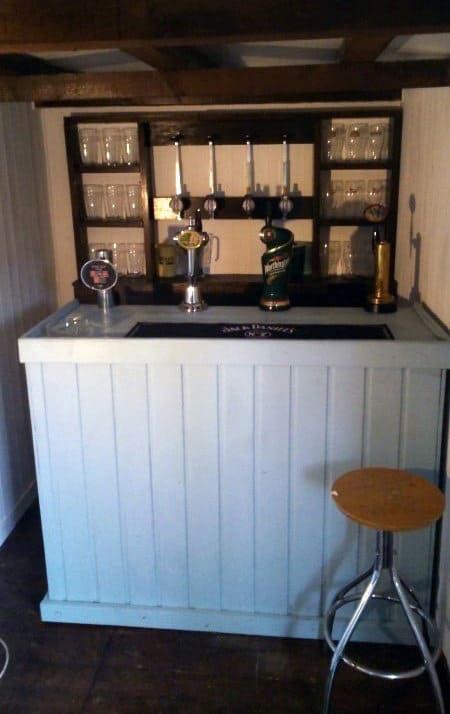 Cool Small Pub Shed Ideas