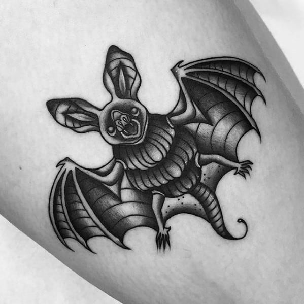 Cool Traditional Bat Tattoo Design Ideas For Male