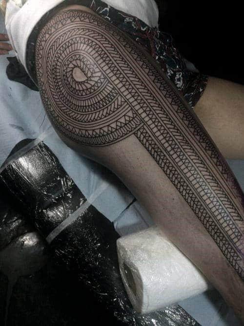 Cool Tribal Pattern Mens Thigh Sleeve Tattoo