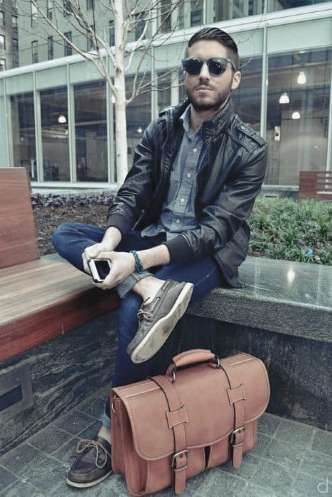 how to wear boat shoes for men 50 stylish outfit ideas