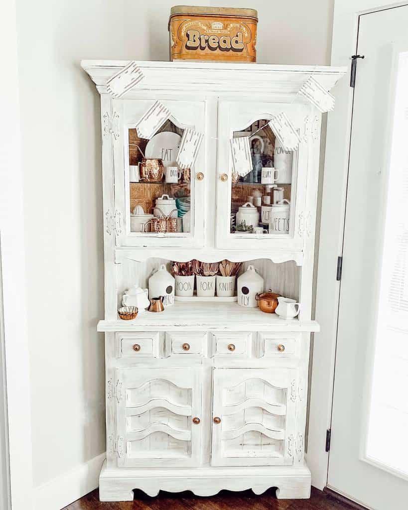 corner small pantry ideas mornings_on_macedonia