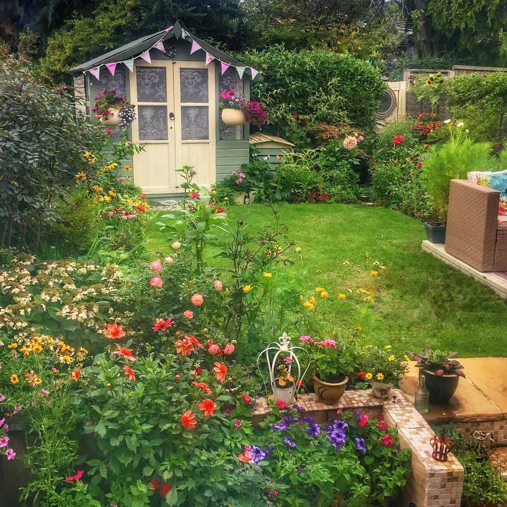 cottage garden flower garden ideas her_outdoors_essex