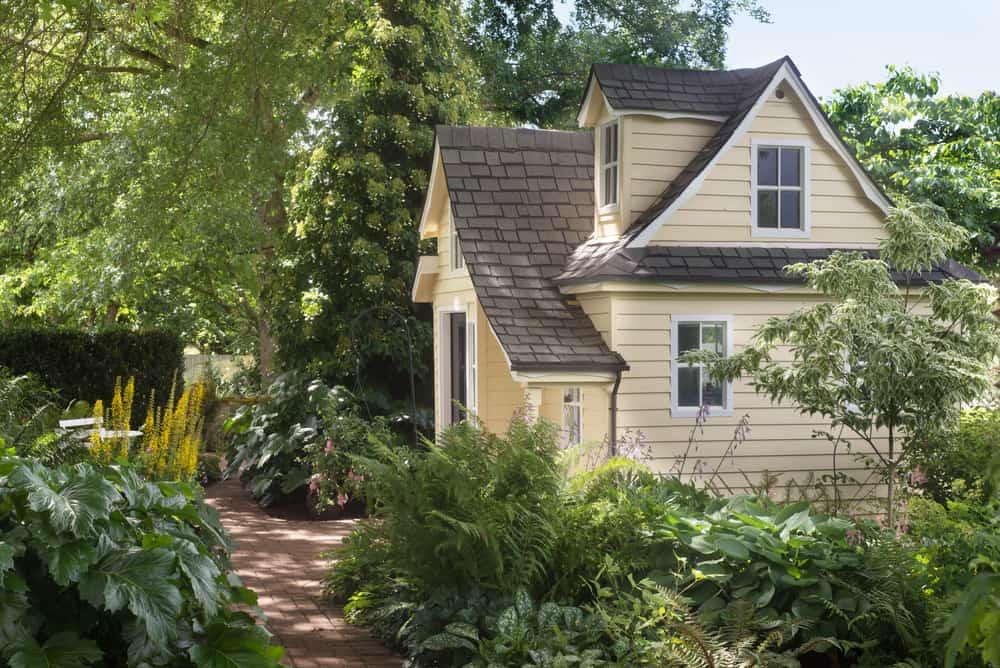 cottage garden shade garden ideas 2