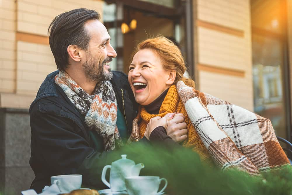couple laugh during dating