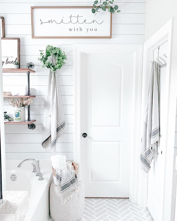 Cozy Cottage White Farmhouse Bathroom Farmhouseish