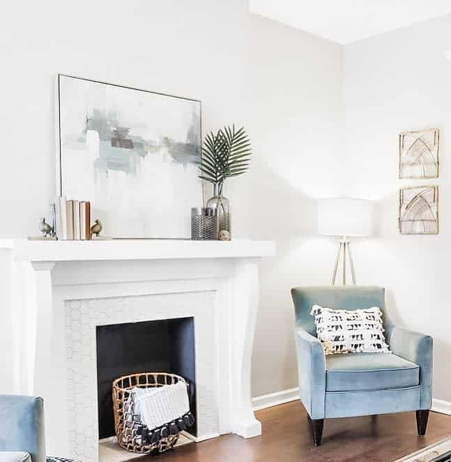 Cozy Home White Fireplace Surround Stagingspacesdesign