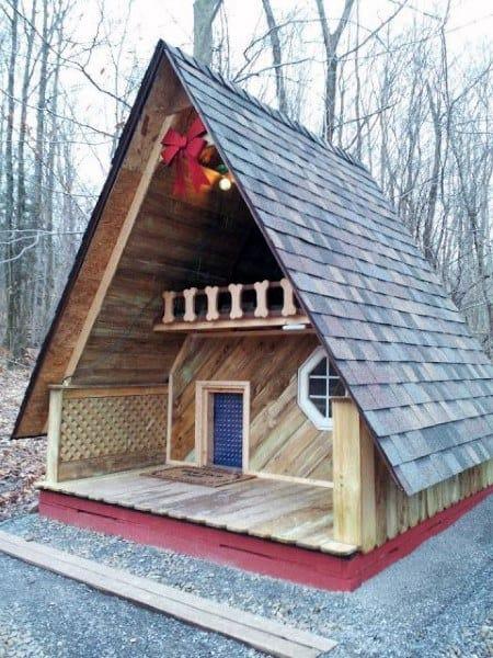 Cozy Small Dog House Ideas
