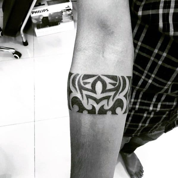 Creative Armband Tribal Tattoo Ideas For Guys