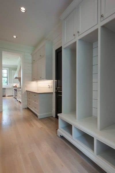 Creative Mudroom Design Ideas