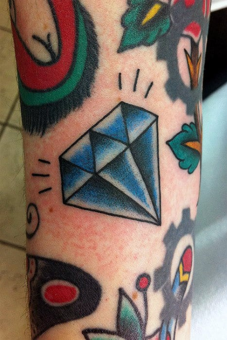Creative Old School Diamond Tattoo For Males