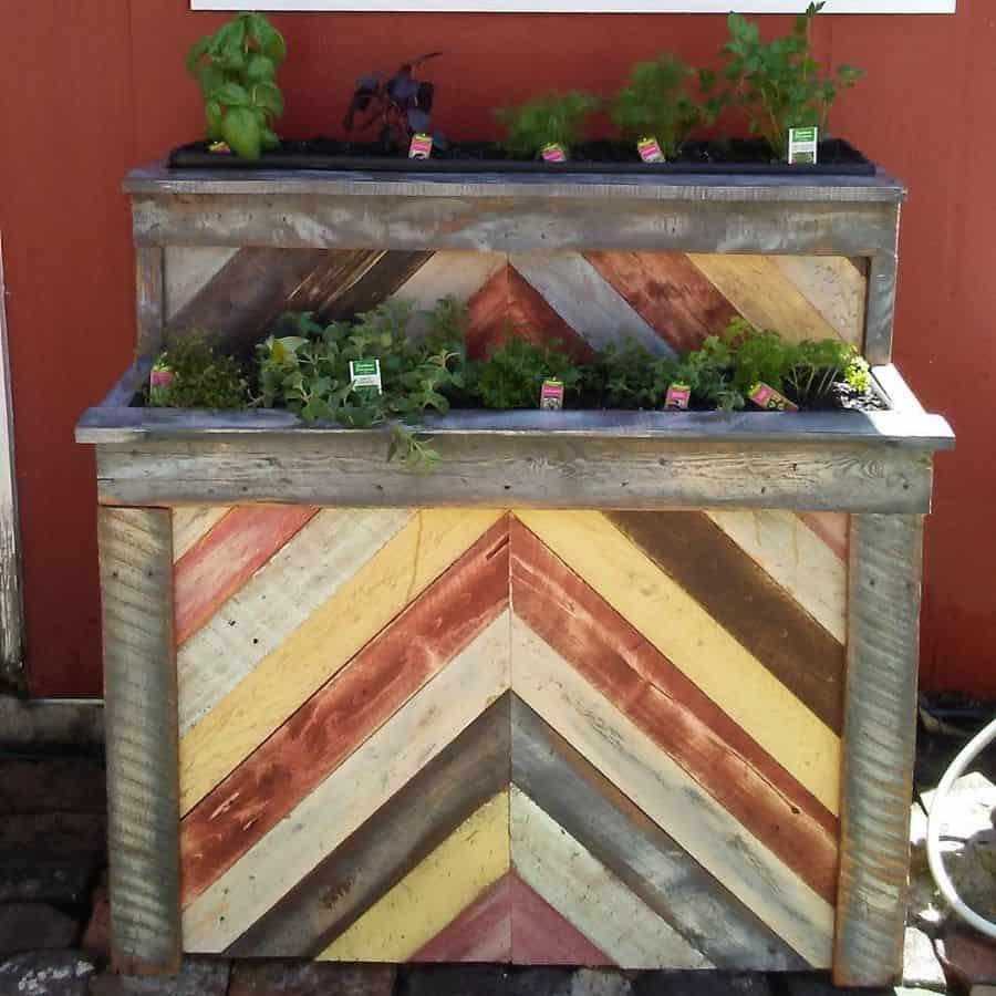 creative pallet garden design ideas dennygreenthumb