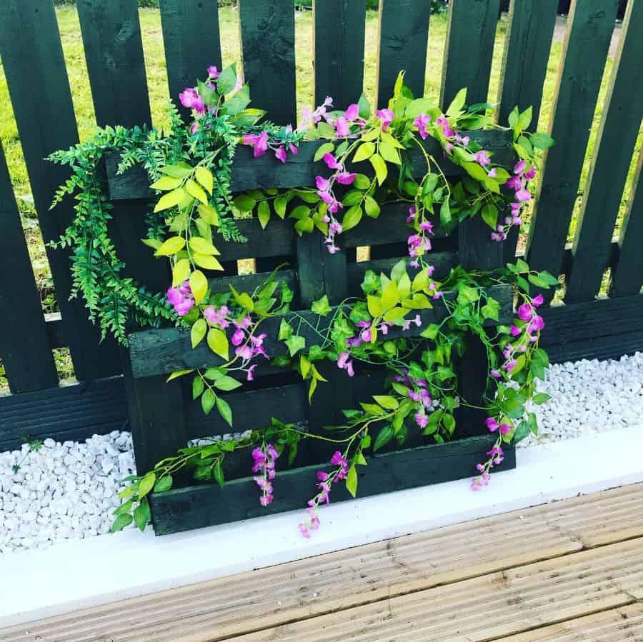 creative pallet garden design ideas housetohome1611