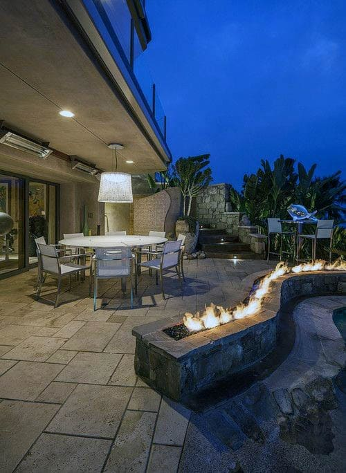 Creative Unique Shaped Outdoor Fireplace Design Ideas