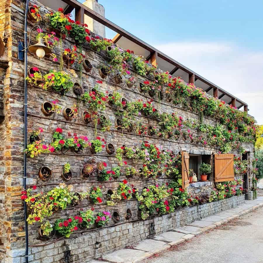 creative vertical garden ideas aire_de_durcal.bcn