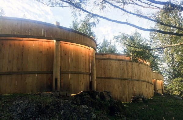 Curved House Wooden Fence Ideas