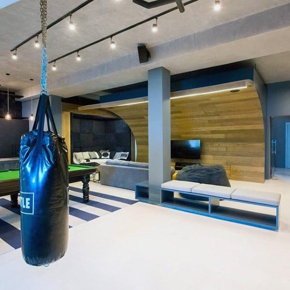 Custom Basement Man Cave Design Inspiration