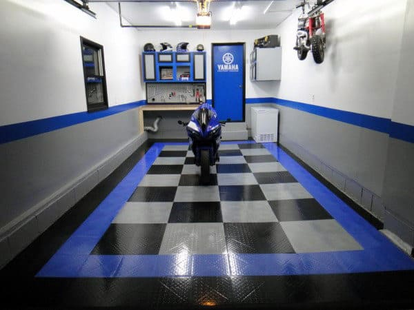 Custom Checkered Garage Flooring With Blue Border