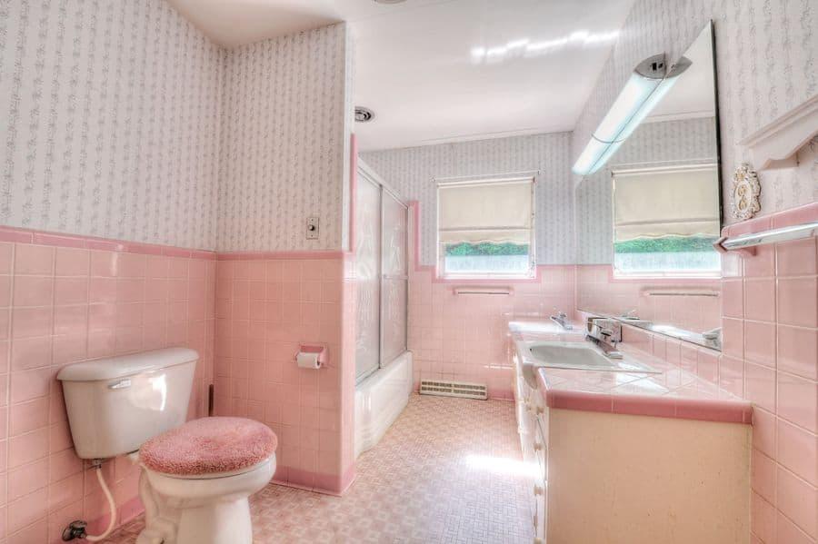 Cute Bathroom Wallpaper Ideas 1