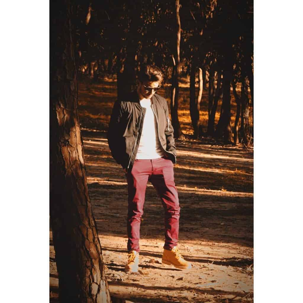 Cute Jacket Redpants Style
