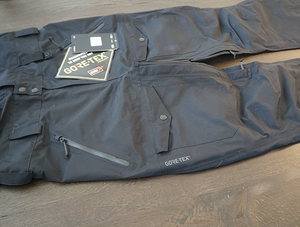 Dakine Stoker Gore Tex 3l Bib Front Of Pants Detail With Fully Taped Seams
