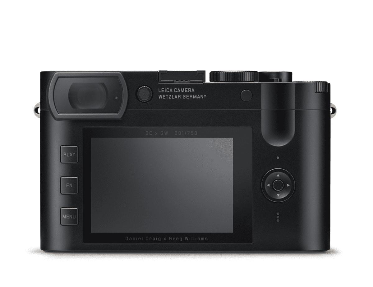 daniel-craig-camera-3