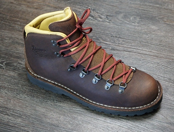 Danner Mountain Pass Boots Reviews