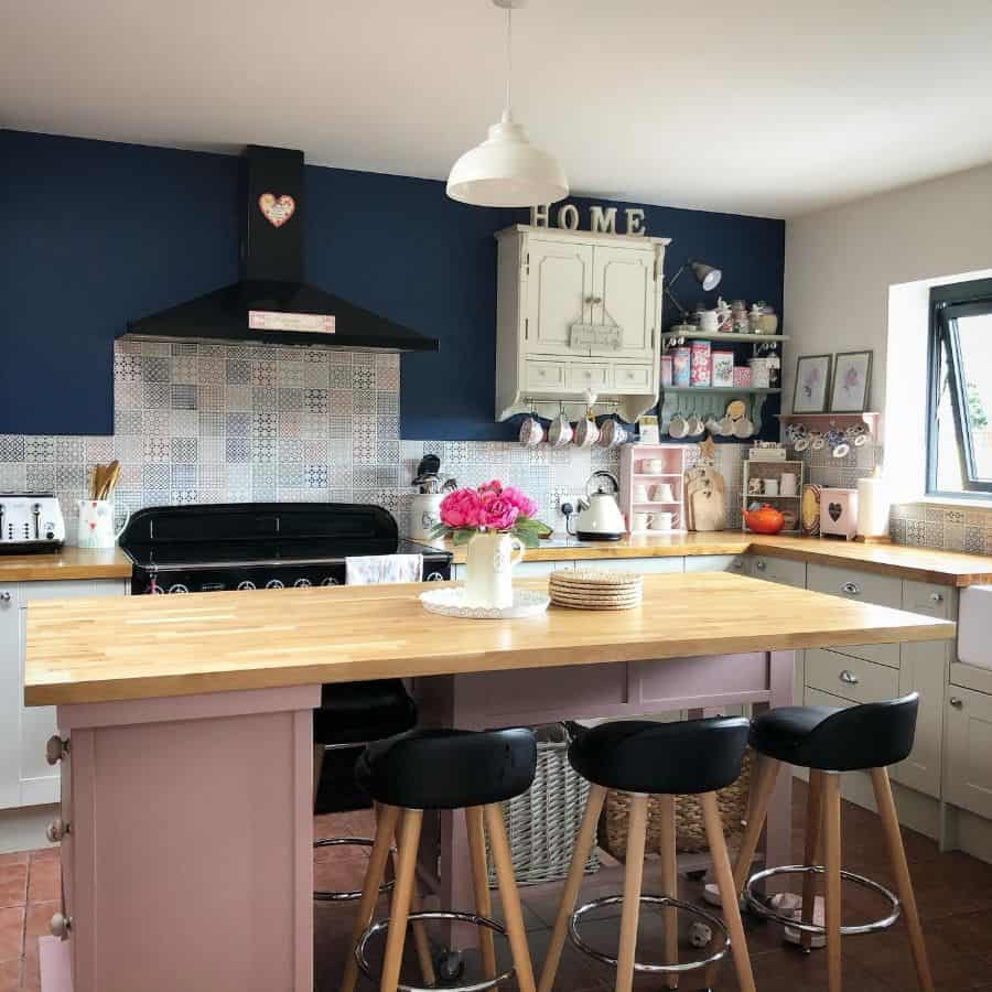 Dark Colored Wall Kitchen Paint Colors Ourhomeandbitsandbobs
