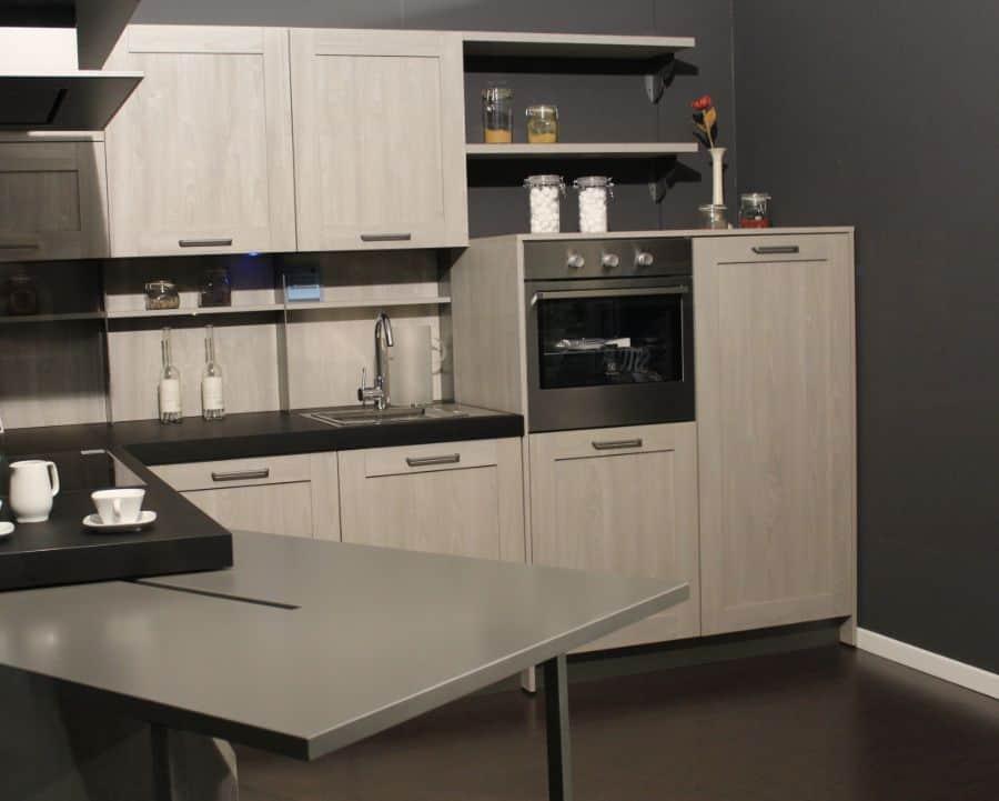 Dark Interior Kitchen Paint Colors 2
