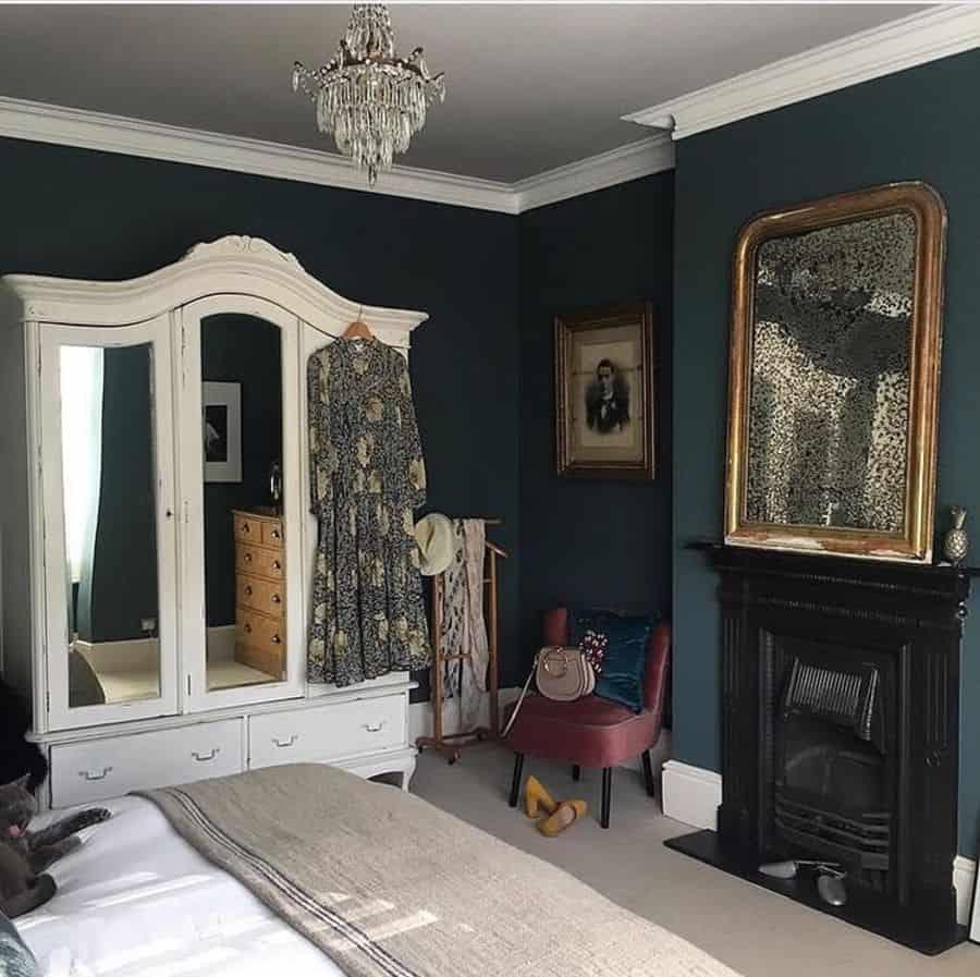 dark vintage bedroom ideas savageinteriors