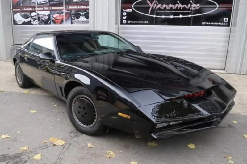 David Hasselhoff is Selling His Iconic 'Knight Rider' Car
