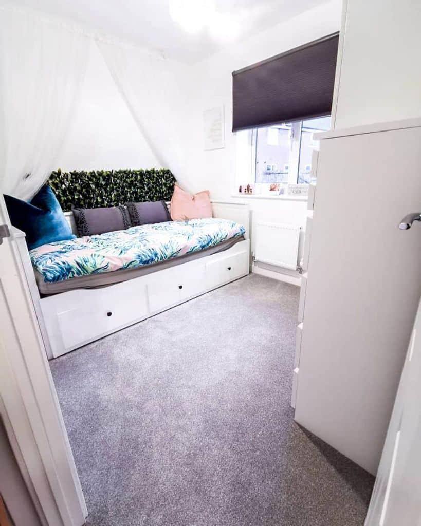 Day Bed Guest Bedroom Ideas Lifeinourhanbury