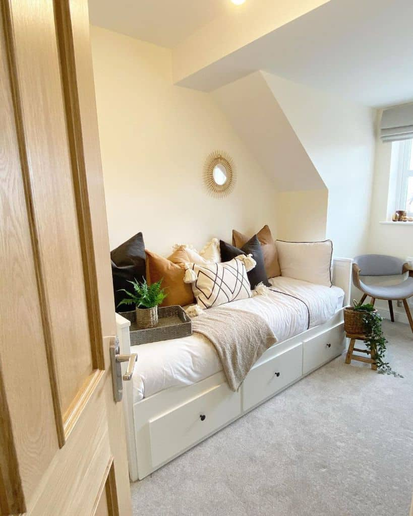 Top 94 Guest Bedroom Ideas Interior Home And Design
