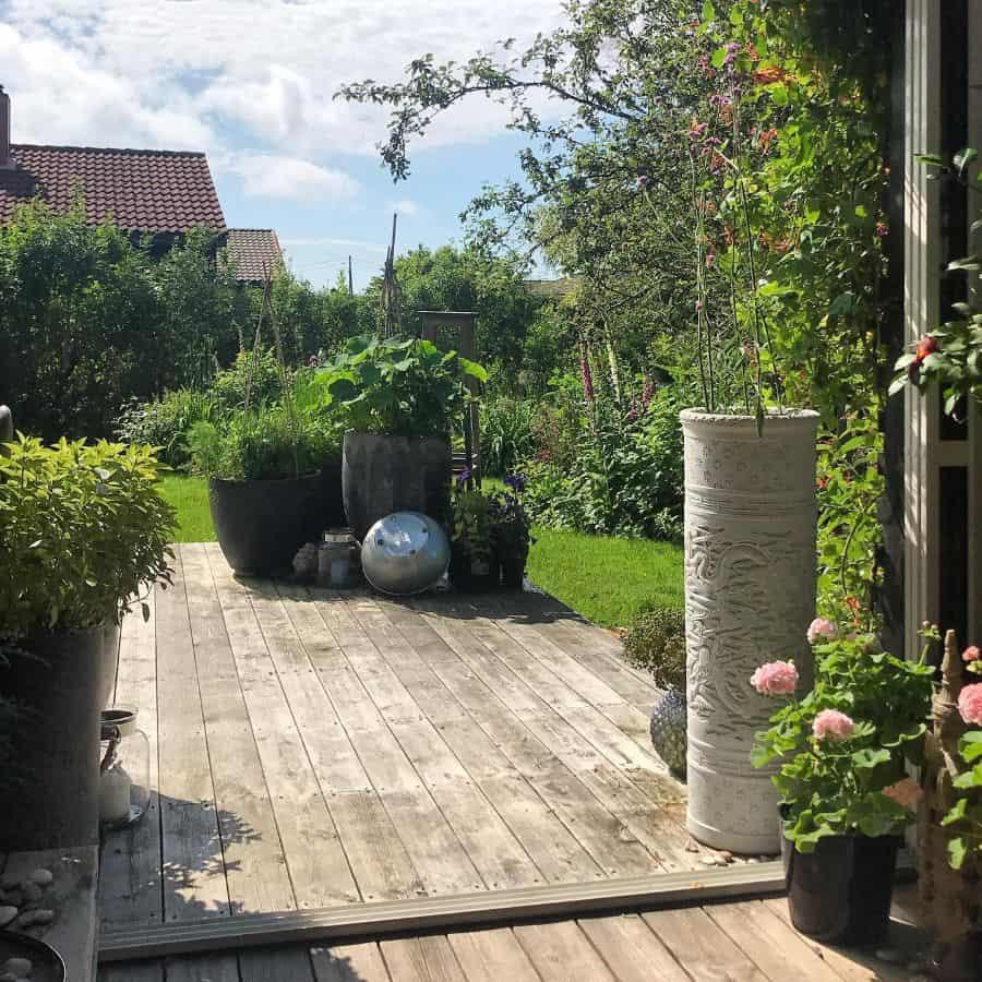 deck container garden ideas lionanne