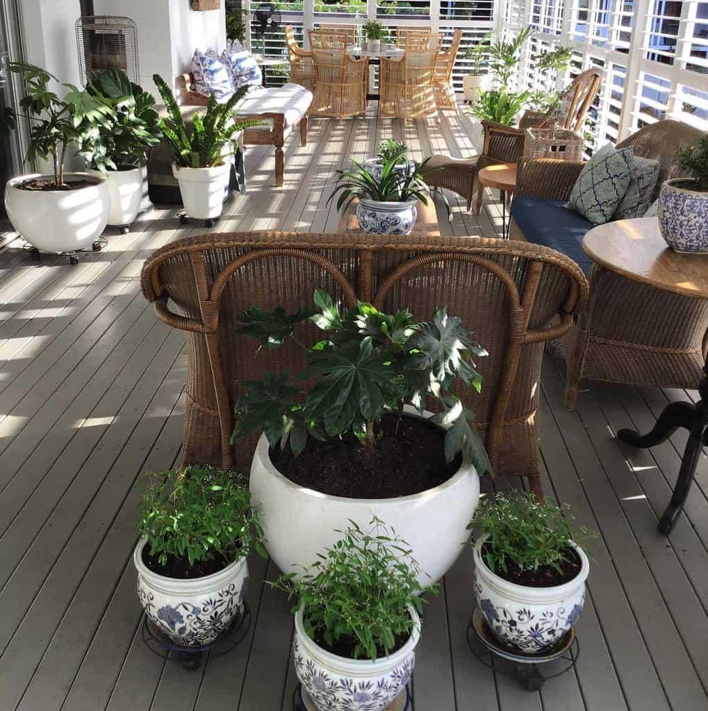 deck enclosed patio ideas jamberoocottagegardener