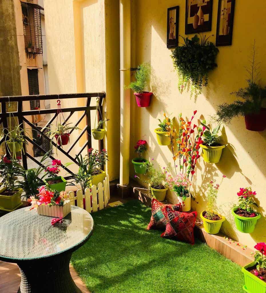 decor apartment patio ideas urbangreenery12